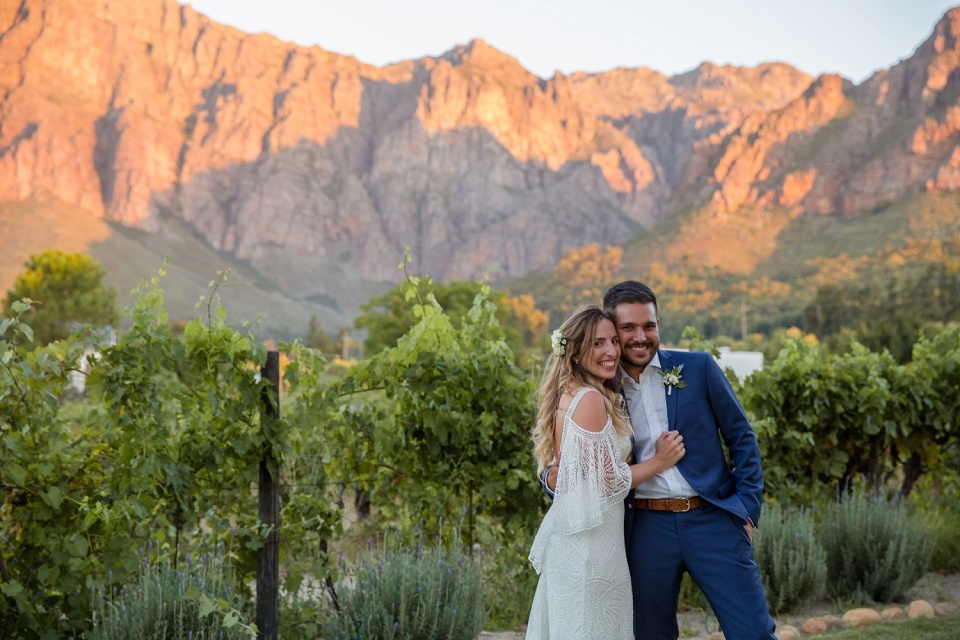 Paarl wedding photographer Karina Conradie Photography Paarl photographer Weddings Mountain Shadows Stellenbosch Wedding Photographer (177)